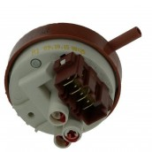 PRESSURE SWITCH 1 N. 76-50 + RETURN FLOW METER.